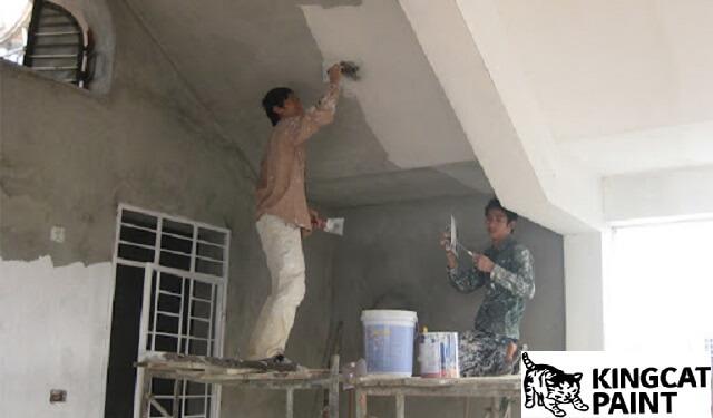 có nên dùng bả matiti trước khi sơn tường nhà