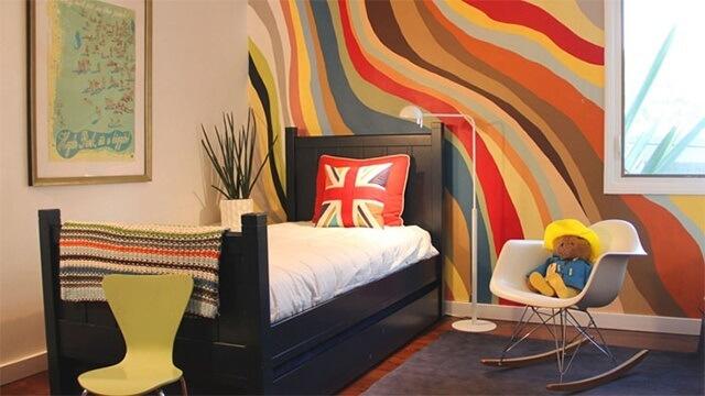 Sơn tường bằng những sóng đa màu