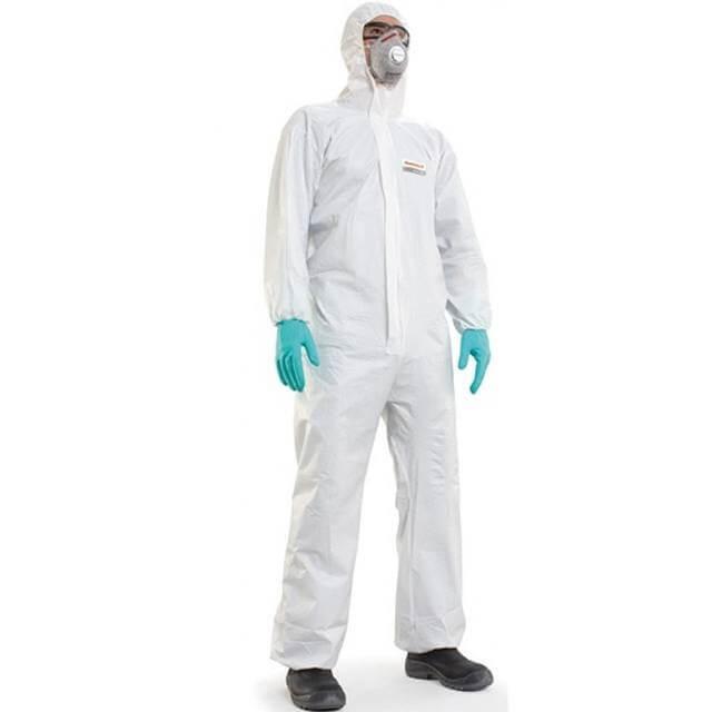 Sử dụng đồ bảo hộ lao động khi tiếp xúc với sơn